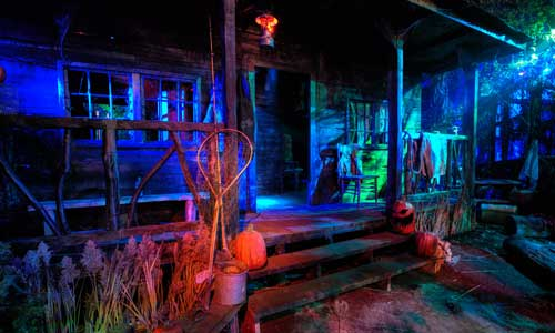 Best Haunted House in NY - Frightworld, America's Screampark!